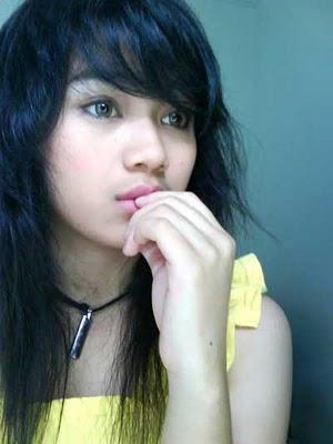 http://1.bp.blogspot.com/_fD_7AstW-4U/TRUAq8_9gQI/AAAAAAAAA08/s-ZDZ5GoCL8/s1600/Dara+The+Virgin_hot_seksi_celana_dalam+%25286%2529.jpg