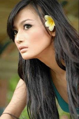 artis bugil Debby Ayu Celebrity Style Photoshoot Pic