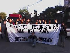 """""""La Jotapé"""" y su bandera"""
