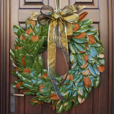 http://1.bp.blogspot.com/_fEUNAJTQaVc/ST8YkNw7XGI/AAAAAAAACOU/4XPNiCX4PfQ/s400/christmas-wreath-7-l.jpg