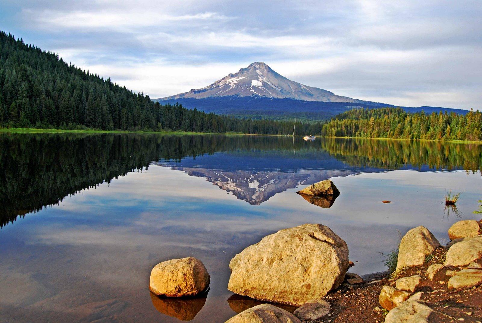 [Mt.+Hood+Trillium+Lake+2]