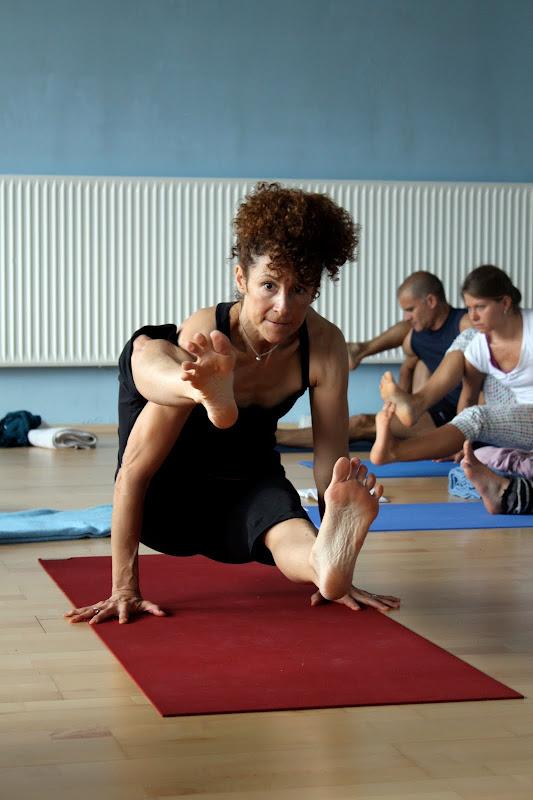 Kakasana beim Yogaworkshop mit Desiree Rumbaugh Eye of the tiger in Berlin