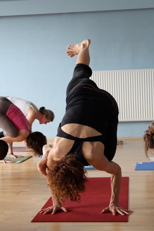 Galavasana Asana beim Yogaworkshop mit Desiree Rumbaugh Eye of the tiger in Berlin