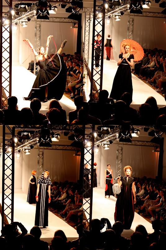 Best Sabel Berlin Projektarbeit 2010 weiss auf schwarz in rot