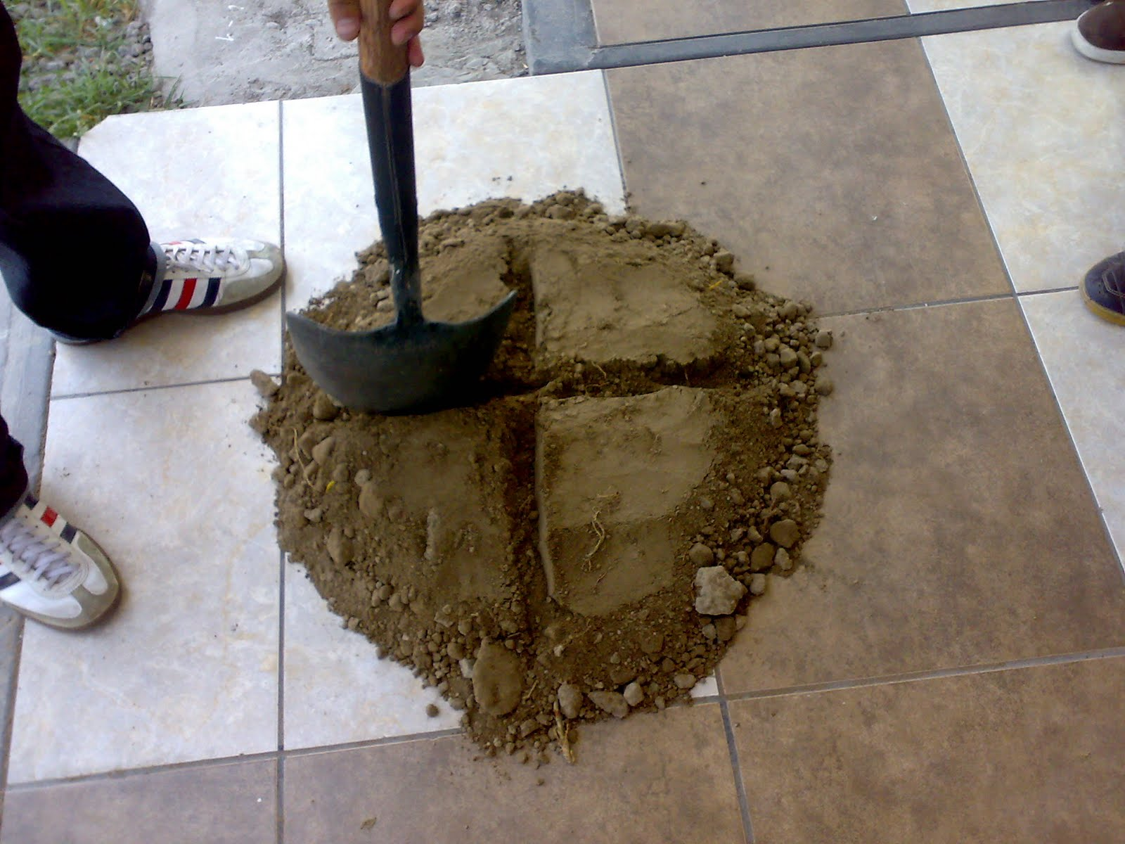 Ingenier a civil - Materiales para suelos ...