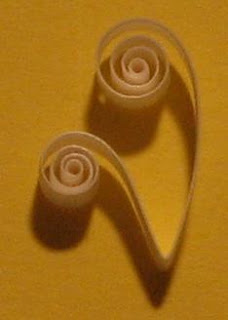 quilling double scroll