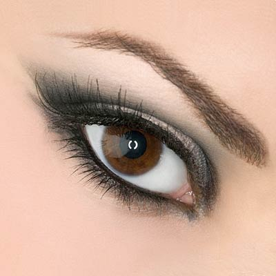 For smoky eyes, make up stylists usually use brown, black and grey,