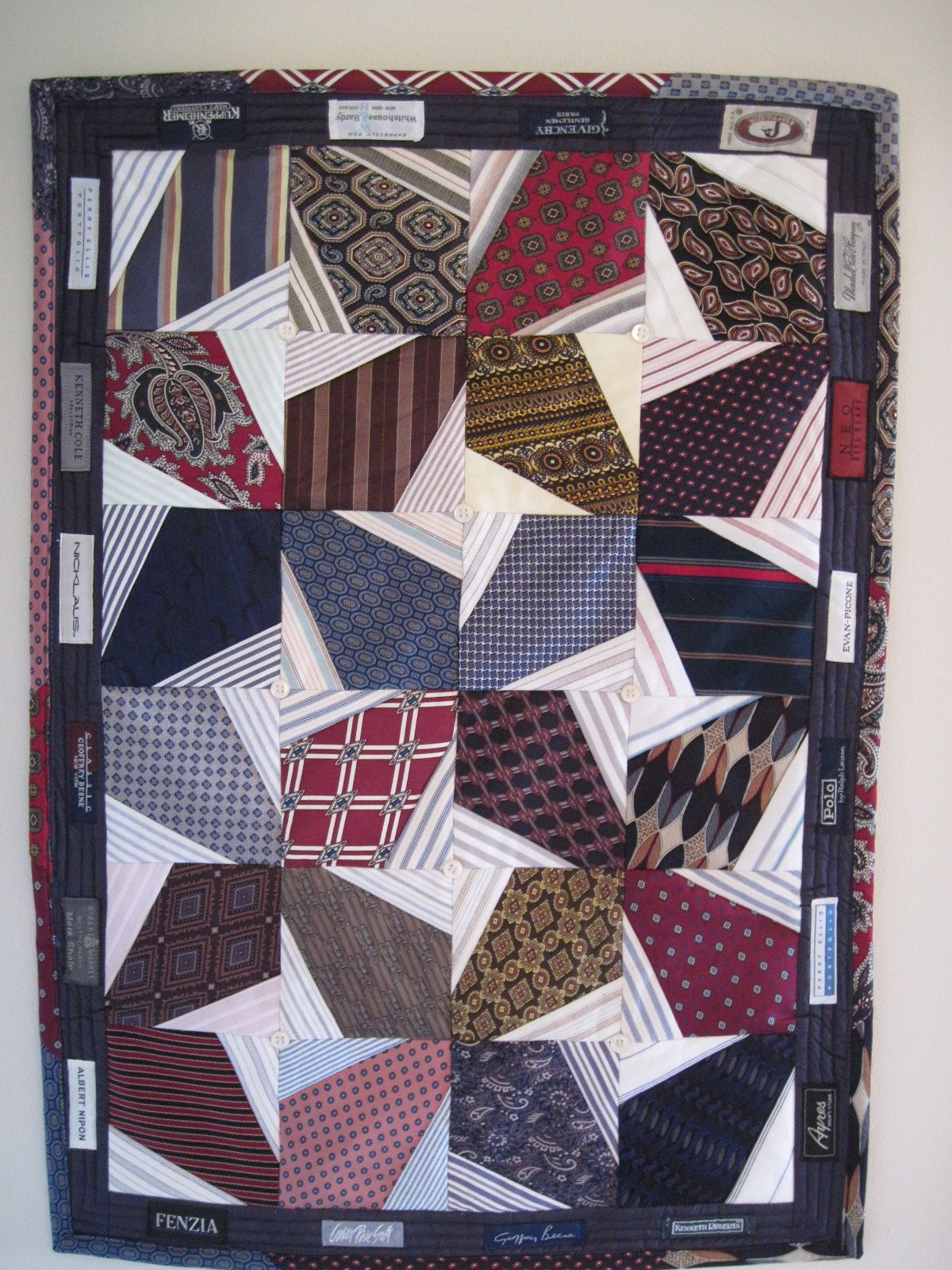 Quilting Patterns Using Men S Ties : Threads Through Time: INTERNATIONAL QUILT SHOW CHICAGO; TIE QUILT; SANTAS