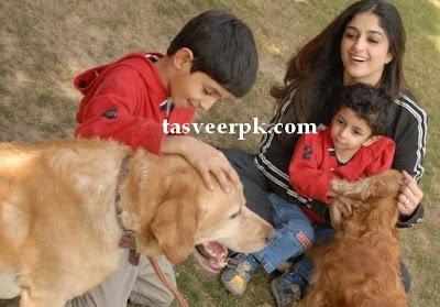pakistani showbiz family pictures