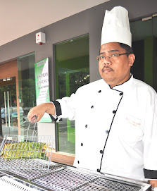 Chef Chief Restoran Ikan Sungai
