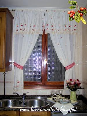 Mis creaciones cortina tejida al crochet para la ventana - Cortina ventana cocina ...