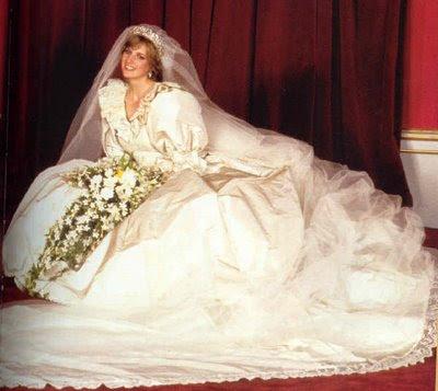 princess diana wedding. Princess Diana on her wedding