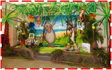 MADAGASCAR: esta decoracion de la selva muy apropiada para un niño va