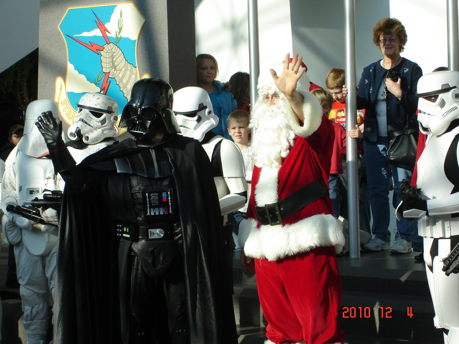 katrina tripled santa and darth vader. Black Bedroom Furniture Sets. Home Design Ideas