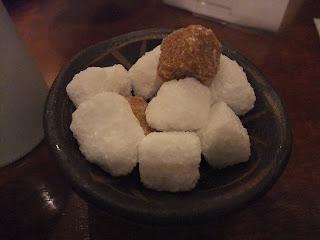 なかたに亭の砂糖壺