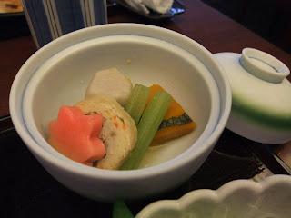 江戸川 上本町店の野菜の炊き合わせ