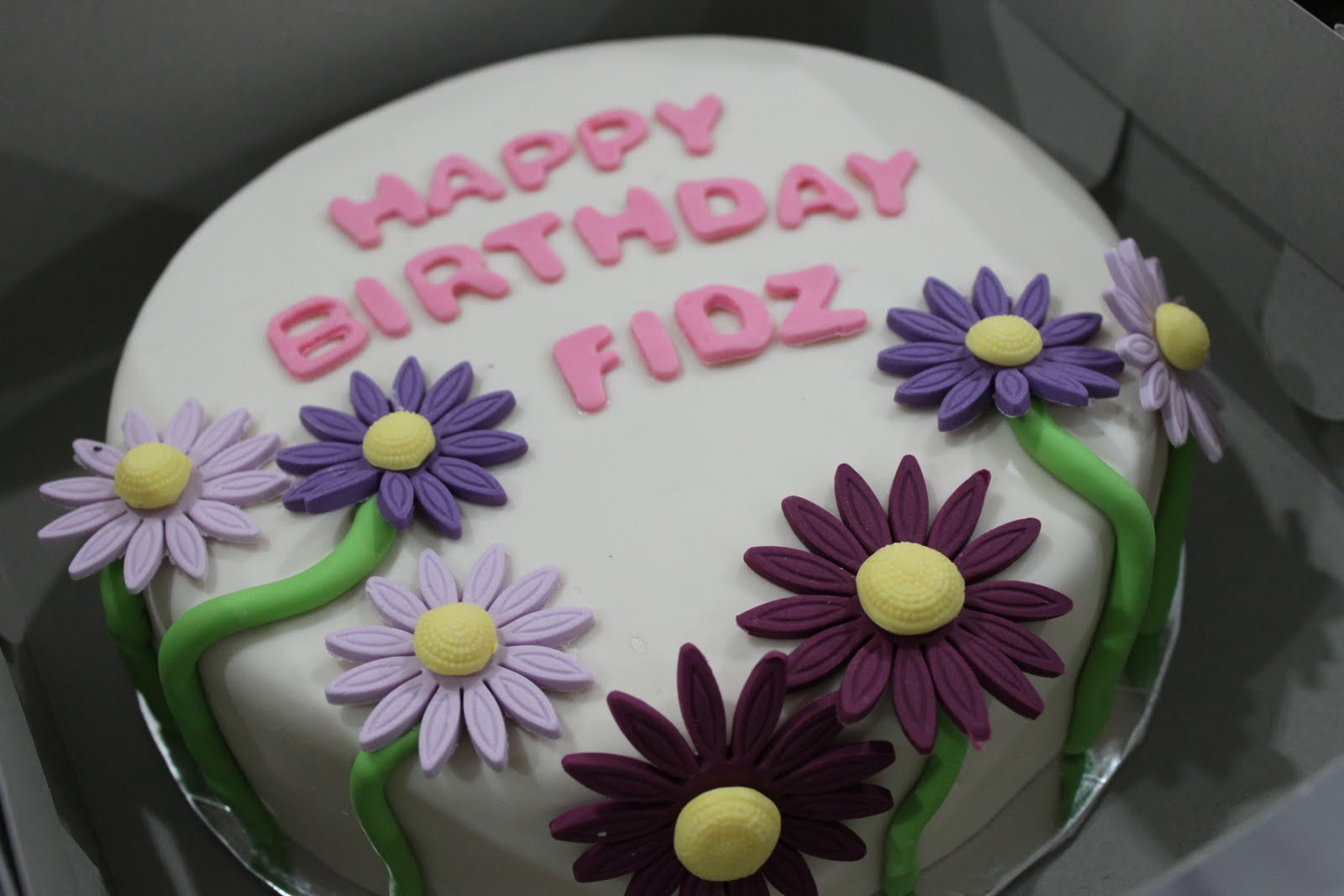 CitsCakes: simple flower birthday cake~