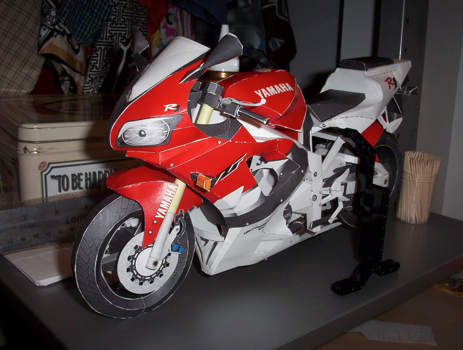 The deambulatory matrix paper yzf r1 2003 2004 the pattern is still available from yamahas website it took approximately 80 hours to cut fold and glue spread out over the course of approximately jeuxipadfo Choice Image