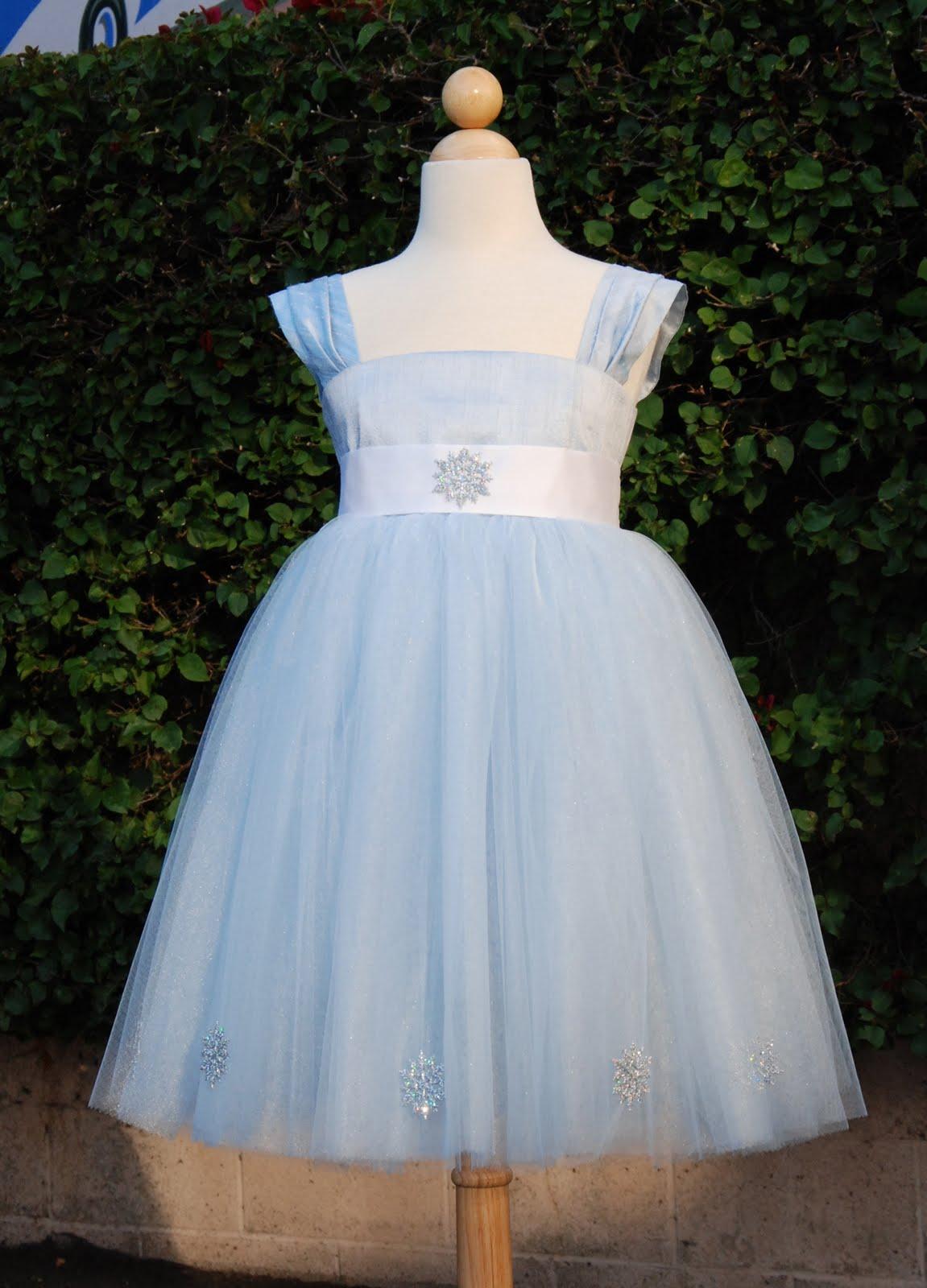 Winter Wonderland Flower Girl Dresses 38