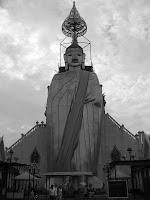 Standing Buddha at Wat Indrawihan