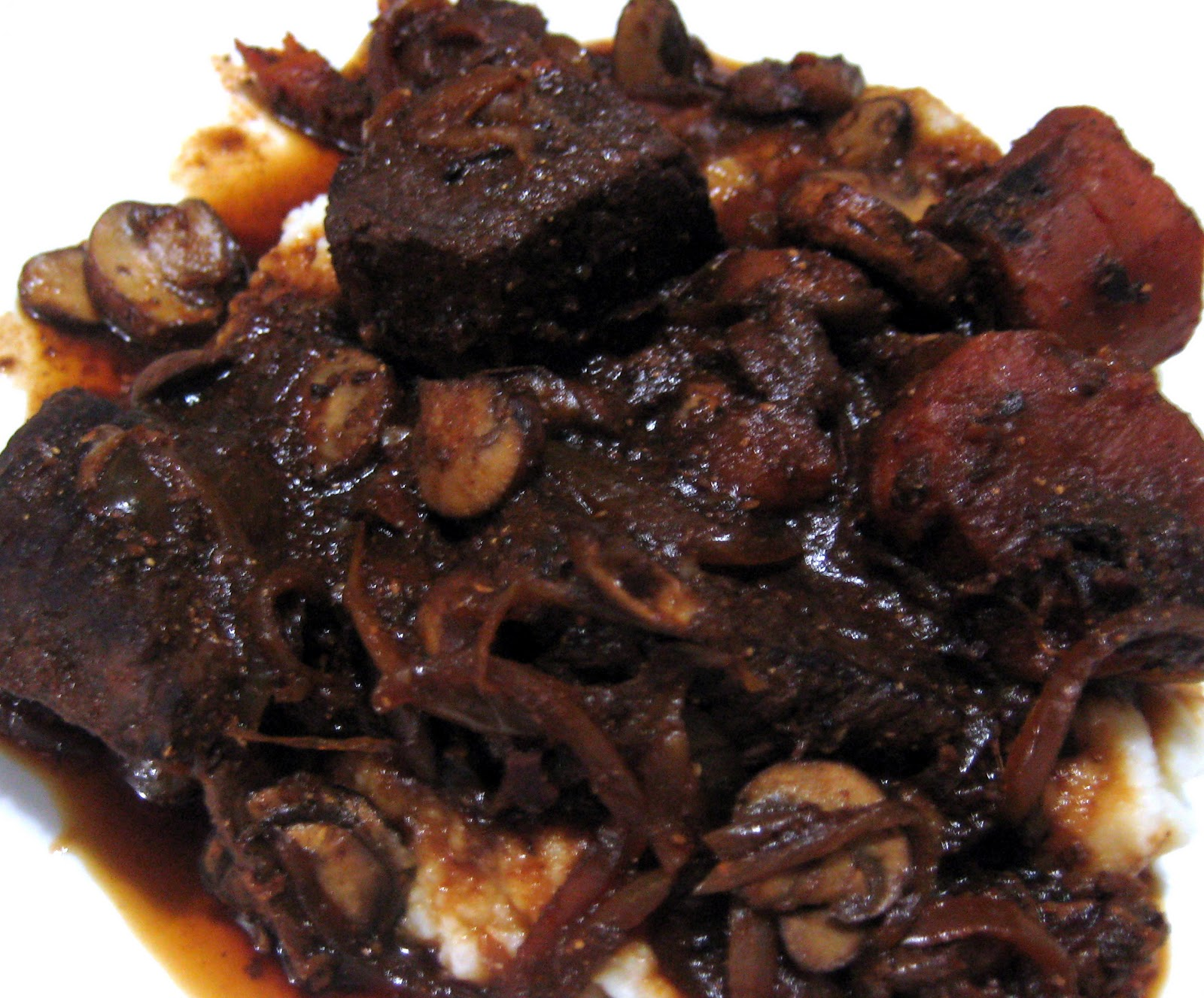 Boeuf Bourguignon (slow cooker) ~ Stuff I Make My Husband