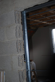 Avant Ca Lu0027a Fallu Péter Un Bout Du Mur Porteur