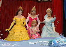Ashlyn meets the princesses!
