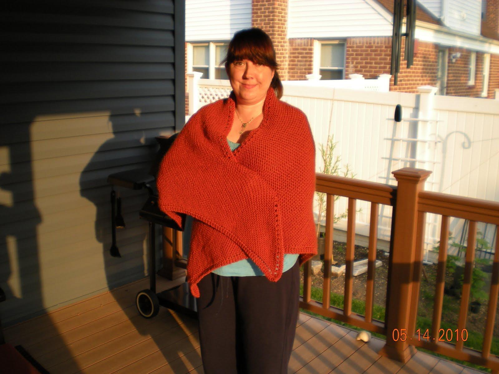 Bella Baby Knitting Patterns : Bella Bambina Knits: My First Knit Shawl