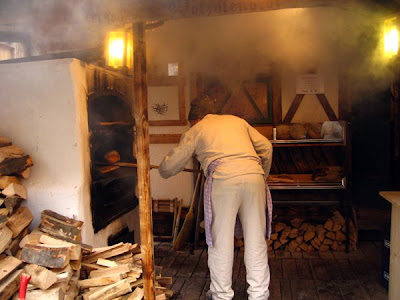 Fresh bread done the old way