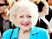 Labels: betty white , saturday night live 