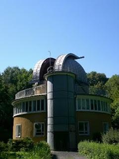 Imagen en que se ven los telescopios de 90 cm del Observatorio de la Universidad de Jena