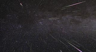 Fotografía de la lluvia de meteoros de las Gemínidas