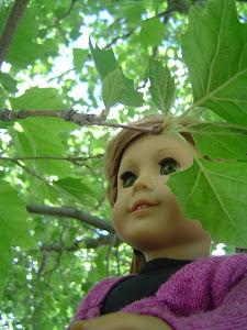 Mia in the tree