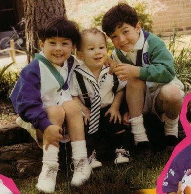En qué estarán pensando... - Página 4 Tobzx_Jonas-Brothers-bebe-01