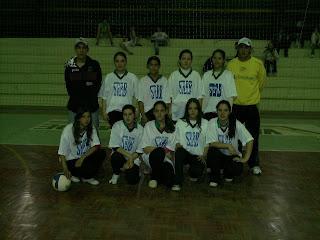 As finais do voleibol do Interbairros de Sobradinho ocorreram na  quinta-feira da semana passada. No feminino a equipe campeã foi a Vera  Cruz Jardim Itália ... 0fed33b3f98f5
