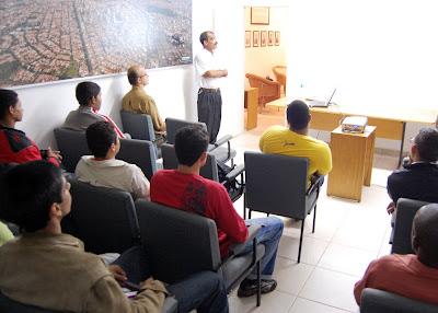 SindusCon-SP realiza palestra para alunos do ProJovem Urbano