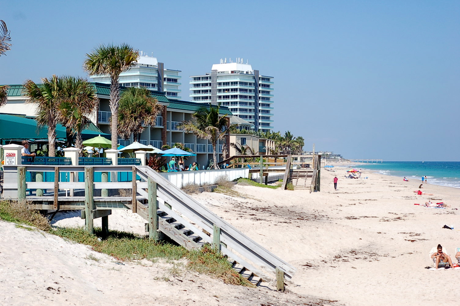 Cape canaveral beach house best places to live in cape for Best places to live in florida by the beach