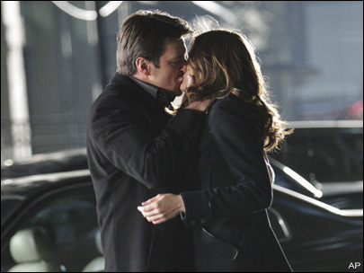 CASTLE AND BECKETT FINALLY KISSED!!!! Now what??