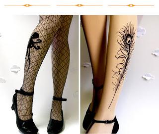 dövme desenli çoraplar