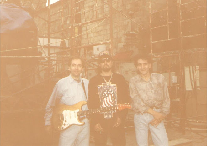 Con Carlos Segarra de Los Rebeldes. Cambados, 4 de agosto de 1995: