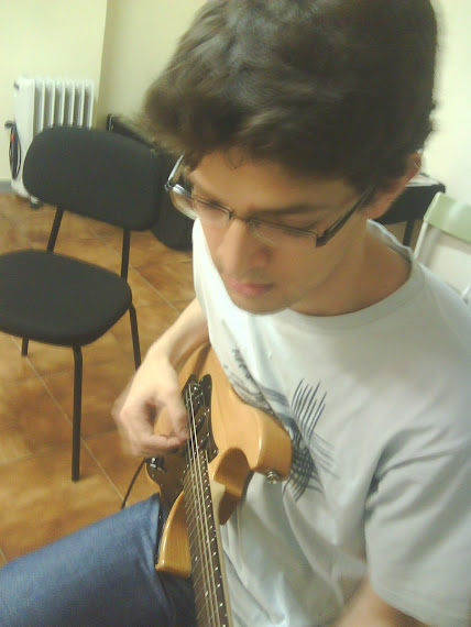 Gerardo Fernández Álvarez (Matrícula de: 01/10/07).