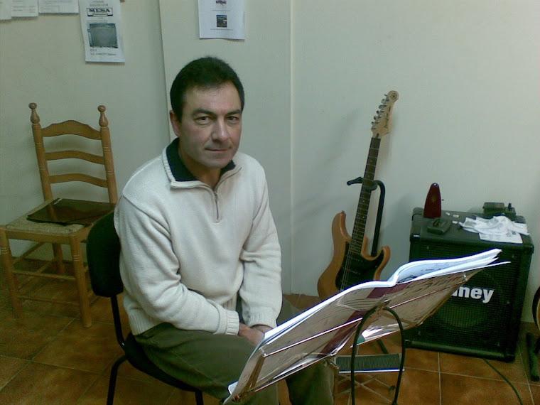 Bernardo Fernández Mariño (Matrícula de: 04/10/06).