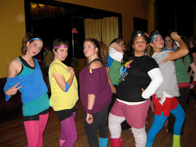 and Kelly looking fabulous as they sport 80's outfits at hip-hop class.