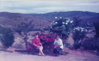 La Primera foto es desde un cerro, colina del pueblo. El pueblo esta