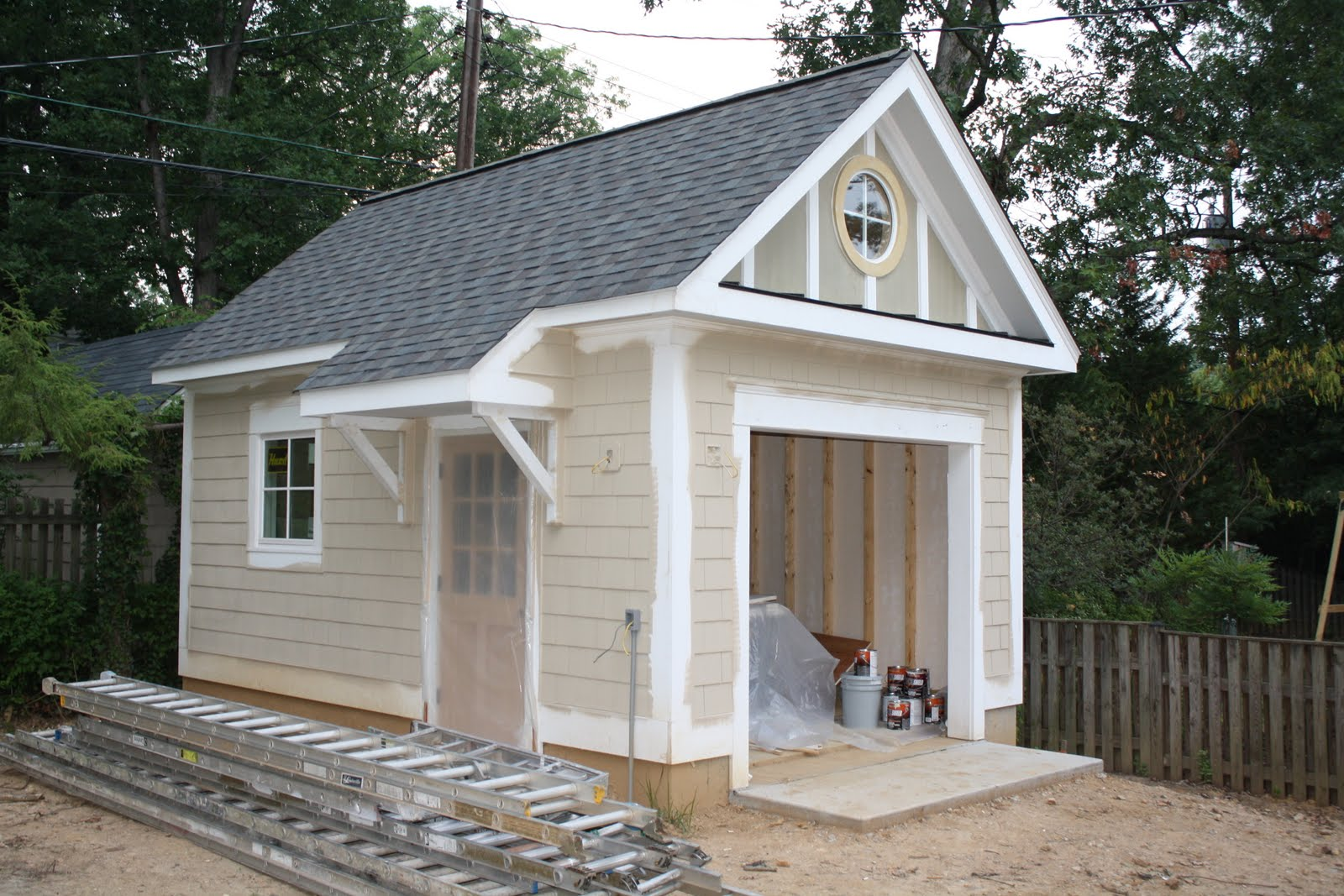 Jackson street paint front porch columns garage for Garage portico