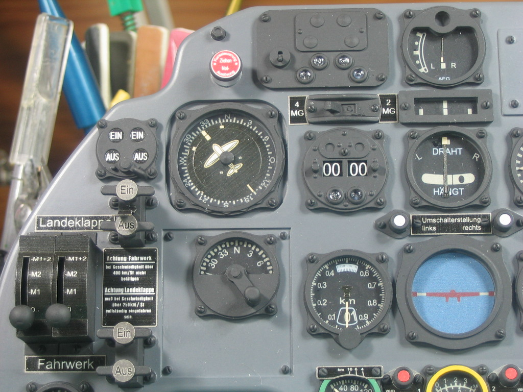 Airplane Instrument Panel : Falkeeins my modelling eduard royal class bf