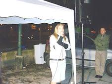 S.lla Giovanna De Vita mentre testimonia delle grandezze di Dio.