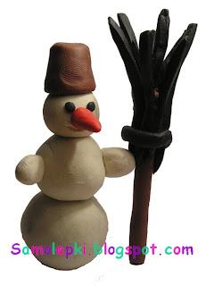 лепим снеговика из пластилина