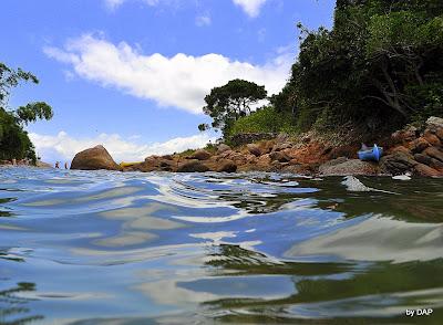 Lagoa verde brasil angra dos reis ilha grande praia passeio de escuna paraiso paradisiaca