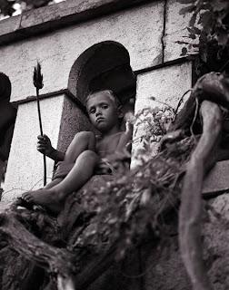 Фотосесии детей в Киеве 0442277697 на прогулке